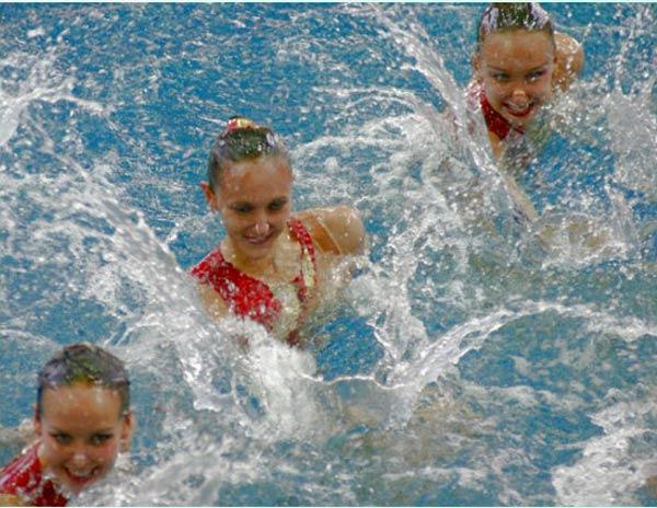 Синхронное плавание для девочек от 7 лет (умеющих плавать).