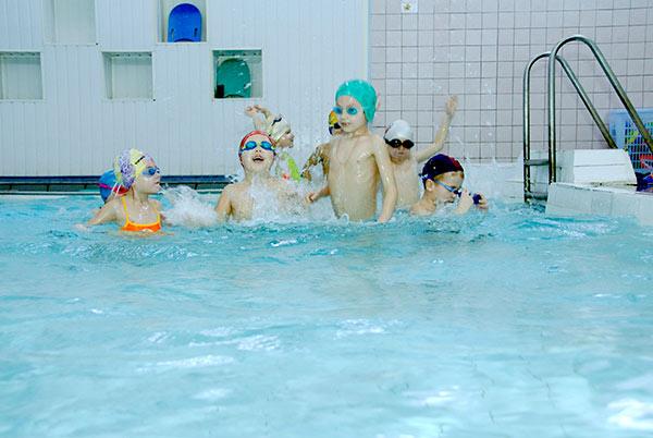 Группа обучения плаванию.